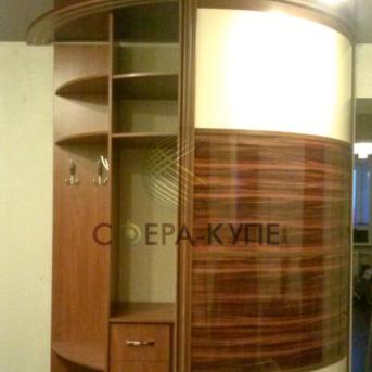 Радиусные гардеробные шкафы на заказ от Сферы купе