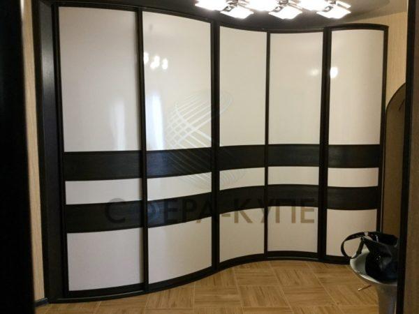 Радиусный шкаф купе на заказ в Москве