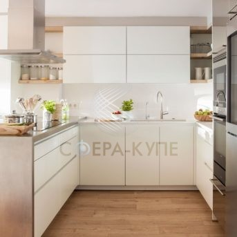 Маленькая П образная кухня